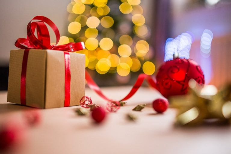 Christmas Is Coming: Things To Consider For Your Parcel
